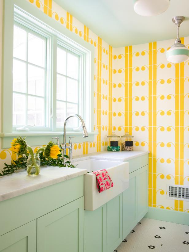 Laundry Room Makeover Idea, have fun with colors and patterns  Image Source: HGTV – D2 Interieurs, Jane Beiles