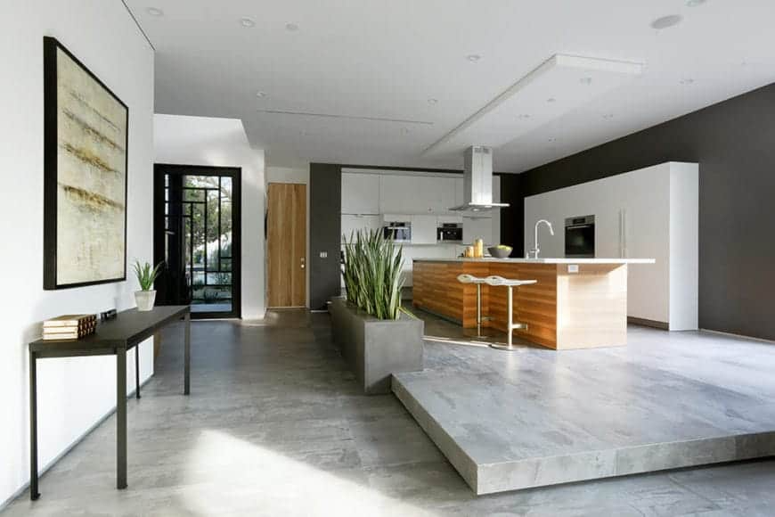 Asian Style kitchen with minimalism and balance.   Source: source - homestratosphere.com/wp-content/uploads/2019/07/asian-style-kitchen-October302019-19-min