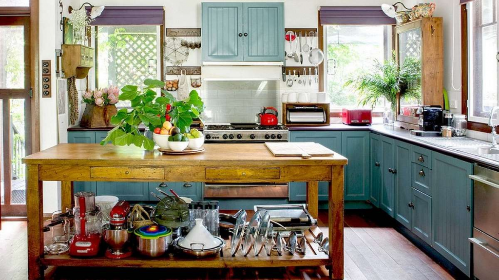 Eclectic Style kitchen, layered and stylistically rich.  Source: poandpo.com/design-art-and-nice-stuff/eclectic-kitchens-with-firework-of-colors-2992018910/