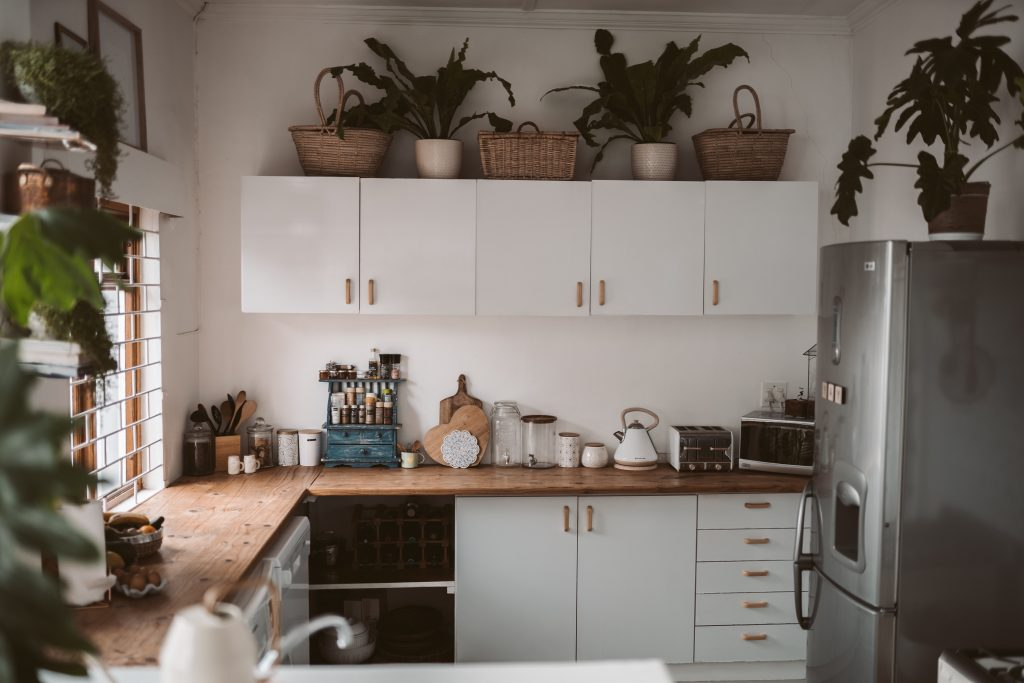 Mediterranean Style, light, breezy, and romantic characterize mediterranean-style kitchen.   Source: Pexels.com