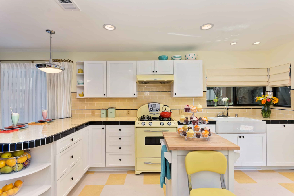 Retro Style Kitchen, invokes aesthetic of a long time gone.   Source: acksondesignandremodeling.com/wp-content/uploads/blog/wp-content/uploads/2014/08/JDRRetro5