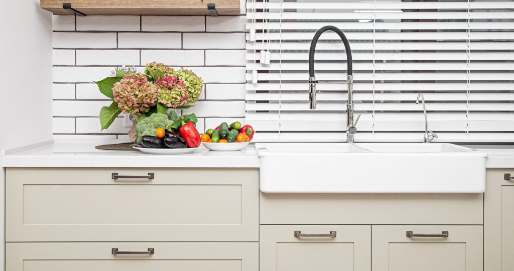 Thermofoil cabinet style shown in a shaker style, DRS131 RTF.